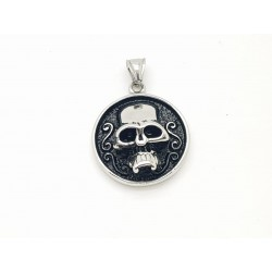 Skull Round Pendant